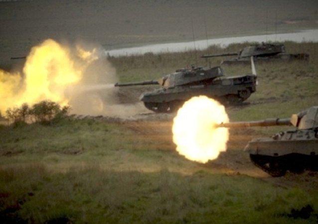 Operação Aço mobilizou tropas e blindados em exercício do Exército próximo a Rosário do Sul (RS)