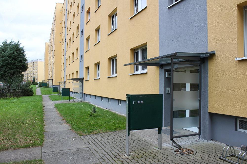 Rua Radeberger, número 101, onde residiu Vladimir Putin e sua família entre 1985 e 1990