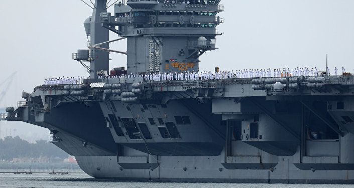 Porta-aviões dos EUA USS Nimitz
