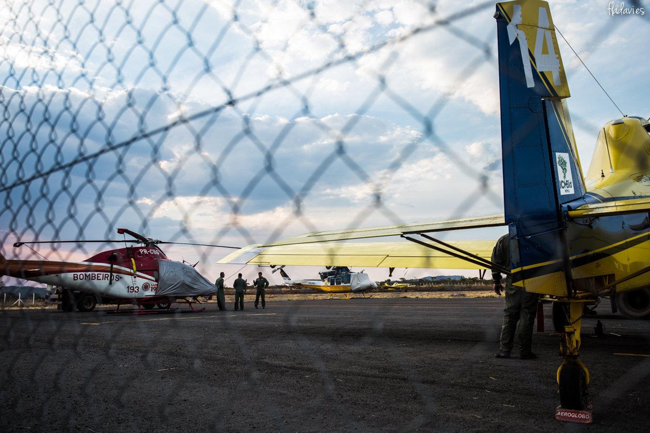 Aeronaves utilizadas no combate ao incêndio que devasta o Parque Nacional da Chapada dos Veadeiros, em Goiás