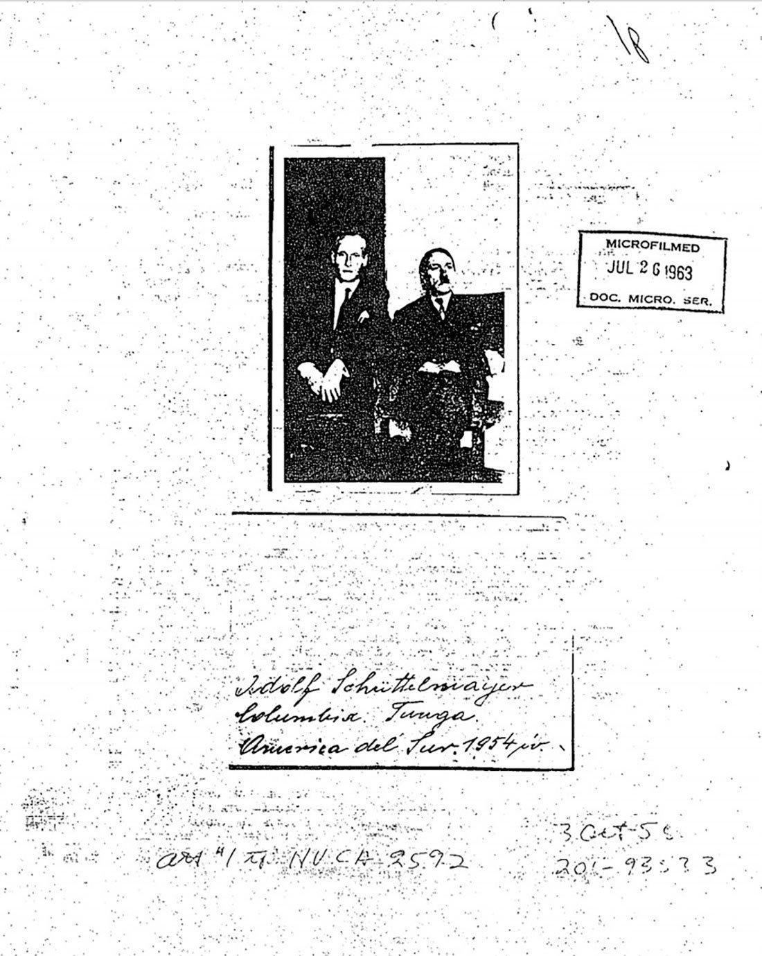 Foto anexada aos arquivos da CIA sobre a suposta presença de Hitler na América do Sul