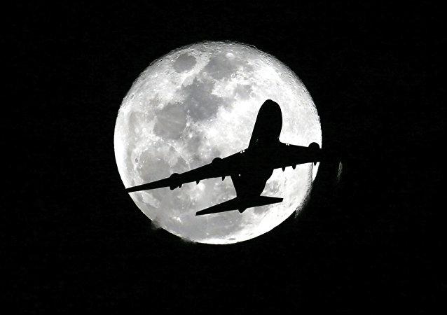 Um avião