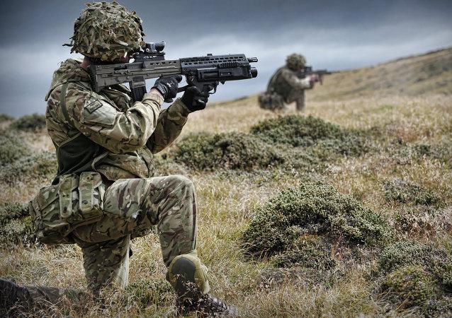 Soldados britânicos nas Malvinas