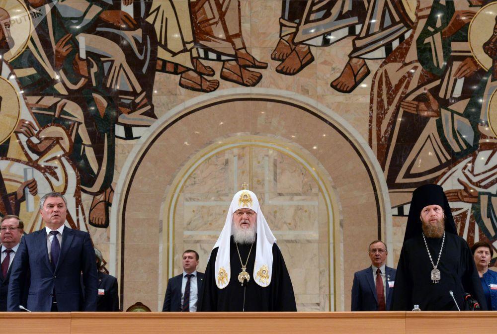 Patriarca de Moscou e de Toda a Rússia, Kirill, da Igreja Ortodoxa durante a abertura do XXI Concílio Popular Mundial da Rússia na Catedral de Cristo Salvador, em Moscou