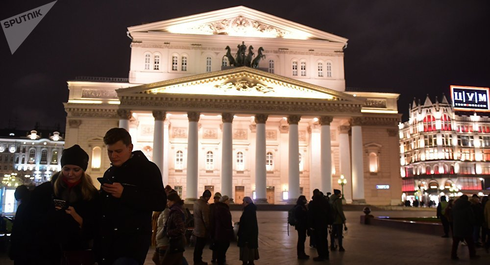 People evacuated from Bolshoi Theater over bomb alerts