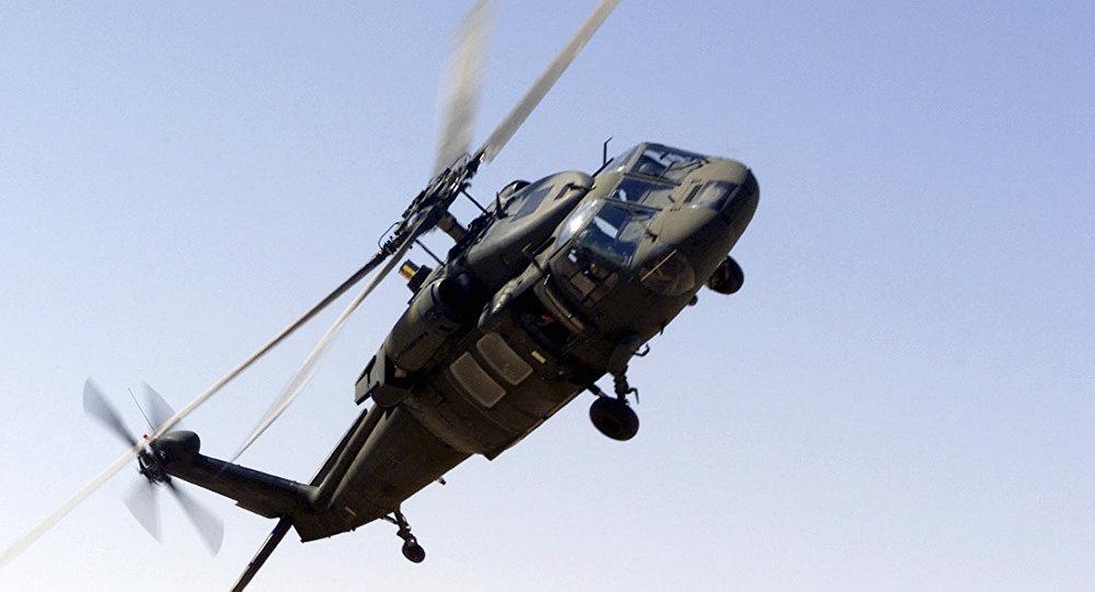 UH-60 Blackhawk, helicóptero da coalizão árabe (Arquivo)