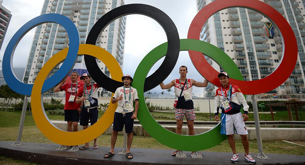 Atletas russos na Vila Olímpica, no Rio de Janeiro, durante as Olimpíadas de Verão de 2016