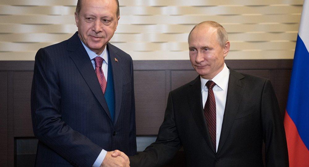 Encontro entre os presidentes de Rússia e Turquia, Vladimir Putin e Recep Tayyip Erdogan, em Sochi