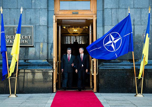 Petro Poroshenko, presidente da Ucrânia, após reunião com o secretário-geral da Ucrânia Jens Stoltenberg