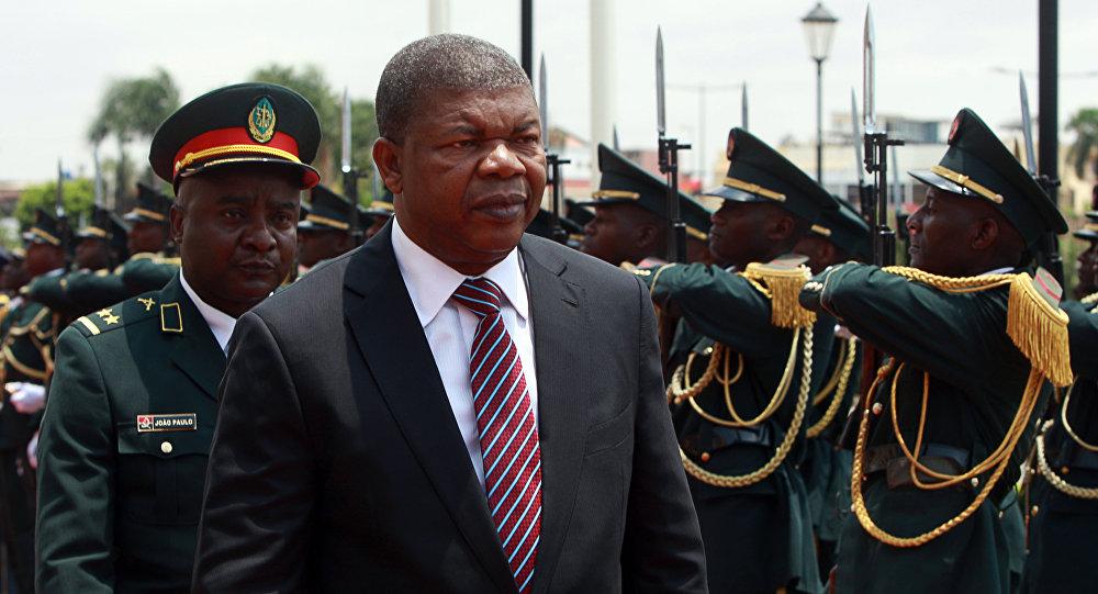 Presidente de Angola, João Lourenço, antes do seu primeiro pronunciamento presidencial em Luanda, 16 de outubro de 2017