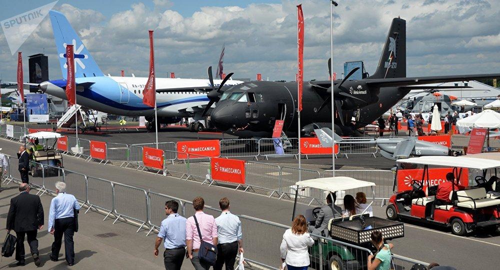 O que perde show aéreo de Farnborough com veto aos aviões russos