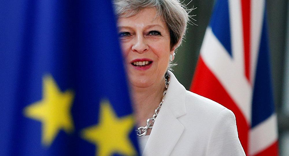 Theresa May, primeira-ministra do Reino Unido, durante encontro da União Europeia em Bruxelas (arquivo)