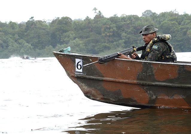 Tropas patrulham 1 mil km de fronteiras entre Paraguai e Argentina