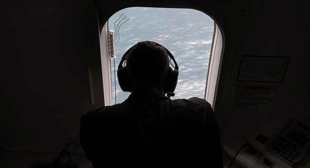 Última mensagem de submarino desaparecido reporta curto-circuito